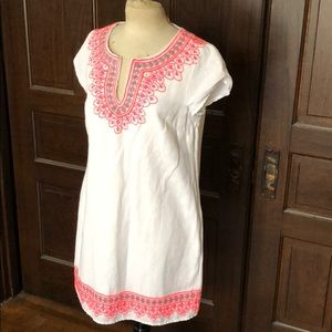 NWT Vineyard Vines Linen embroidered tunic dress